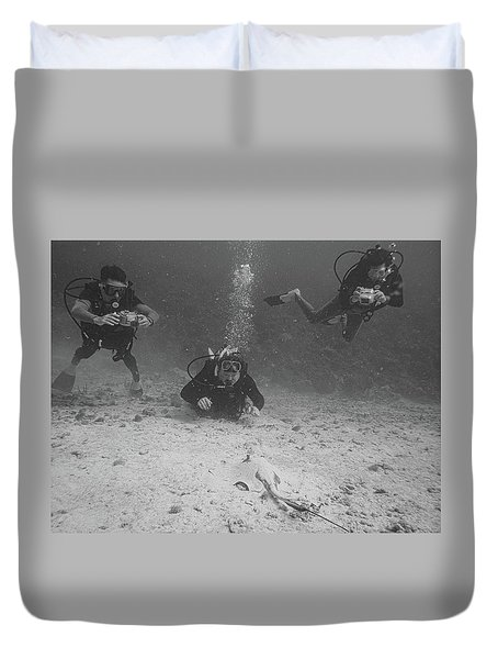 Three Guys And A Ray Duvet Cover