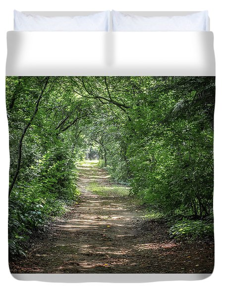 Duvet Cover featuring the photograph Through The Forest by Dale Kincaid