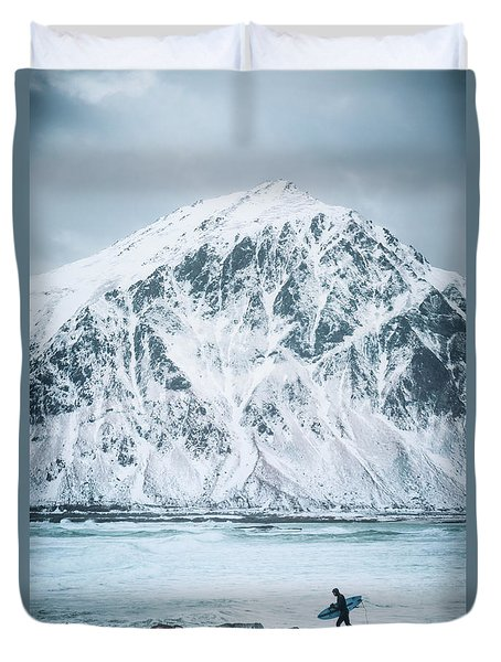To Ride The Arctic Waves Duvet Cover