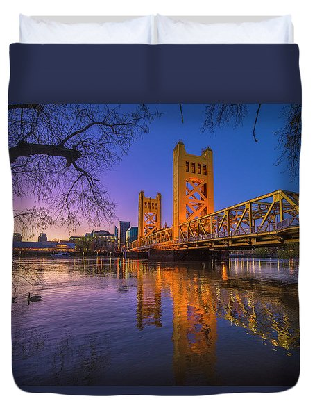 Tower Bridge At Sunrise - 4 Duvet Cover