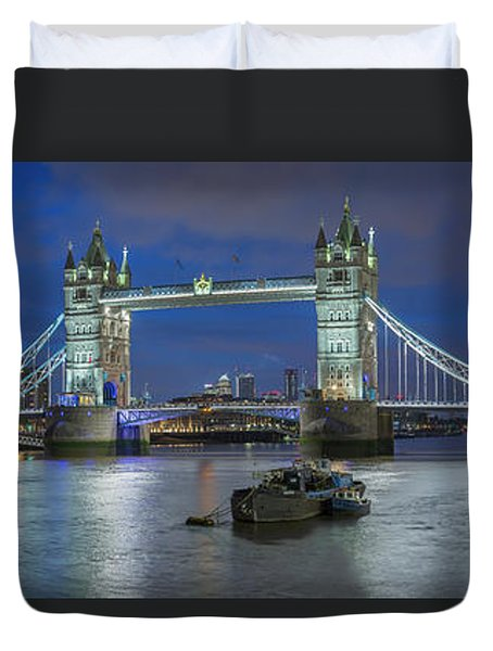 Tower Of London And Tower Bridge At Night Panoramic Duvet Cover
