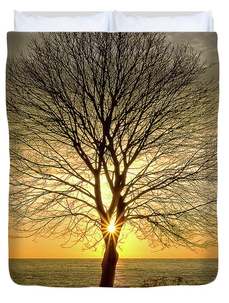 Tree Framed Sunrise New Hampshire Duvet Cover