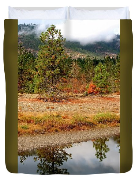 Duvet Cover featuring the photograph Tree In Illinois River by Jerry Sodorff