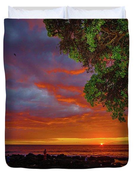 Tree  Sea And Sun Duvet Cover