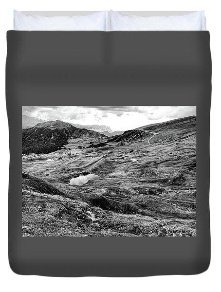 Val Gardenia Black And White Duvet Cover