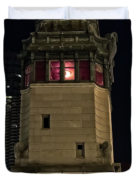 Vintage Chicago Bridge Tower At Night Duvet Cover