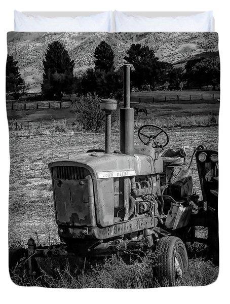Vintage Tractor In Honeyville Bw Duvet Cover
