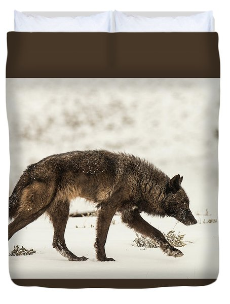 Duvet Cover featuring the photograph W13 by Joshua Able's Wildlife