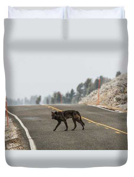 Duvet Cover featuring the photograph W55 by Joshua Able's Wildlife