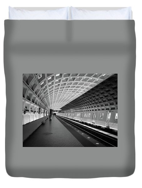 Waiting At Pentagon City Station Duvet Cover