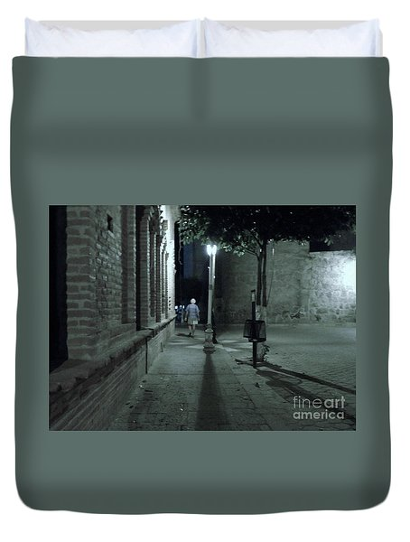 Duvet Cover featuring the photograph Walking Away by Rosanne Licciardi