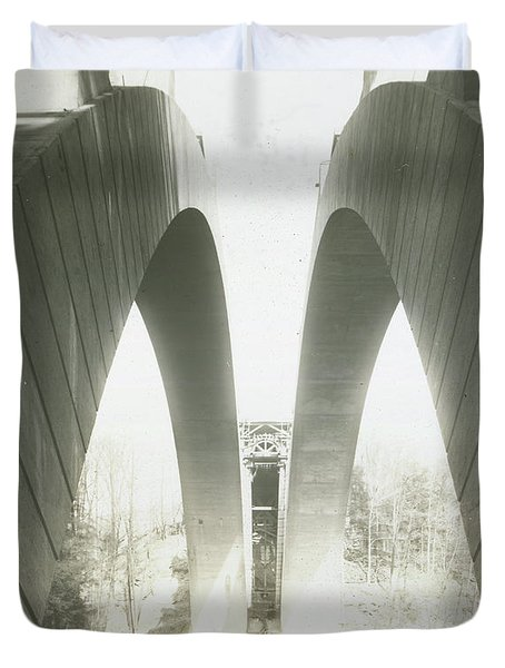 Walnut Lane Bridge Under Construction Duvet Cover