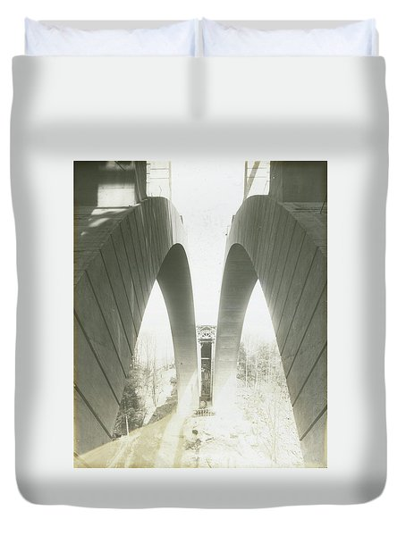 Walnut Lane Bridge Under Construction Duvet Cover