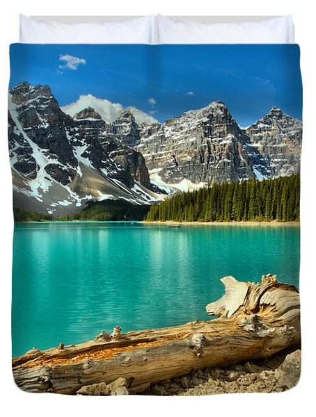 Washed Up At Moraine Lake Duvet Cover