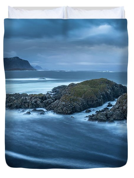 Water Flow At Stormy Sea Duvet Cover