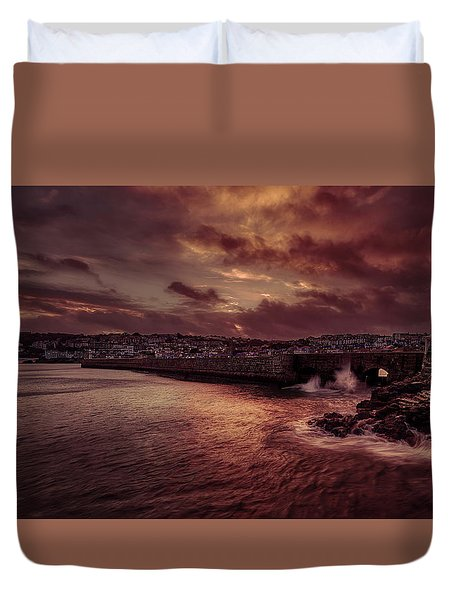 Wave At The Pier Duvet Cover