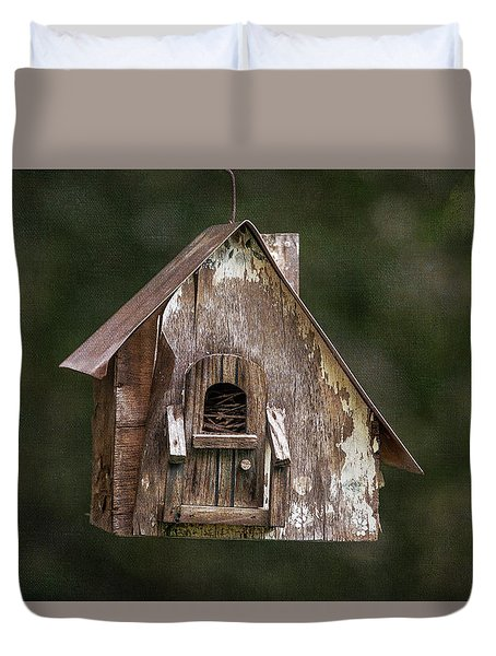 Duvet Cover featuring the photograph Weathered Bird House by Dale Kincaid