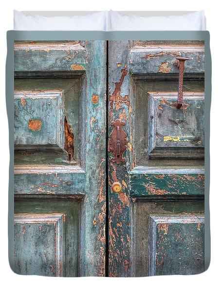 Weathered Rustic Green Door Of Cortona Duvet Cover