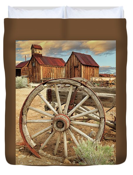 Wheels And Spokes In Color Duvet Cover