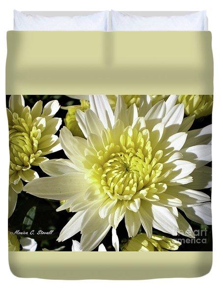 White Flowers W8 Duvet Cover