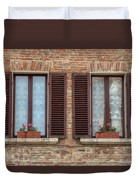 Window Flowers Of Tuscany Duvet Cover