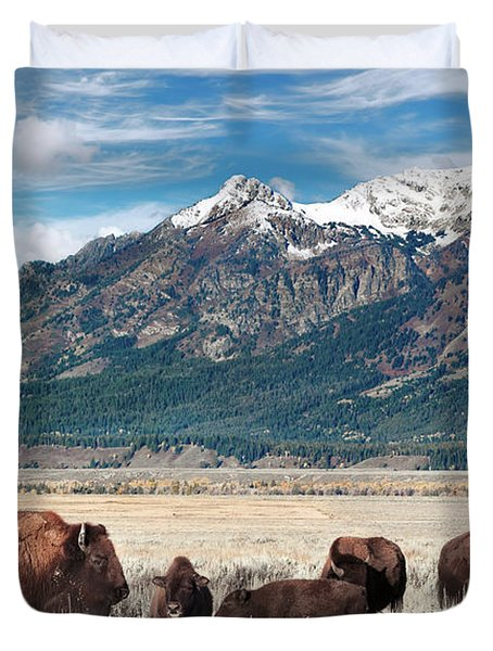 Wild Bison On The Open Range Duvet Cover