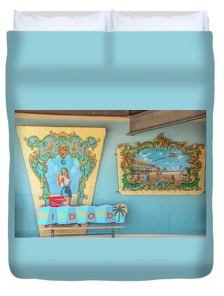Duvet Cover featuring the photograph Wildwood Days 2 by Kristia Adams