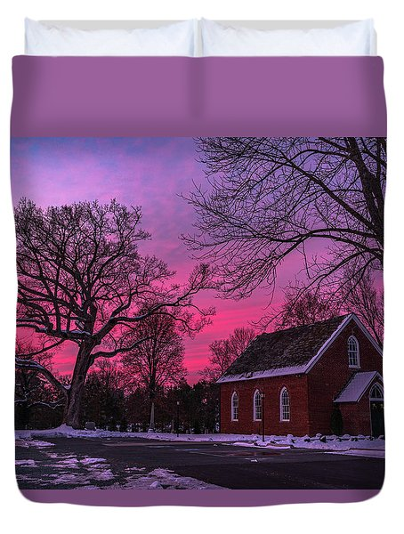 Duvet Cover featuring the photograph Winter Sunrise by Lori Coleman