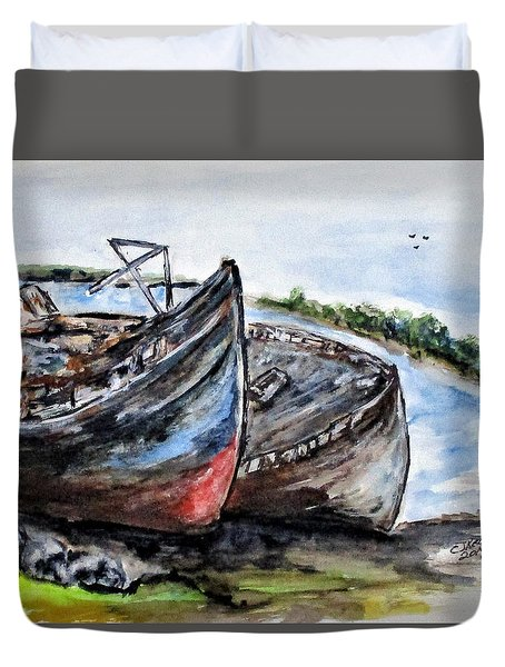 Wrecked River Boats Duvet Cover