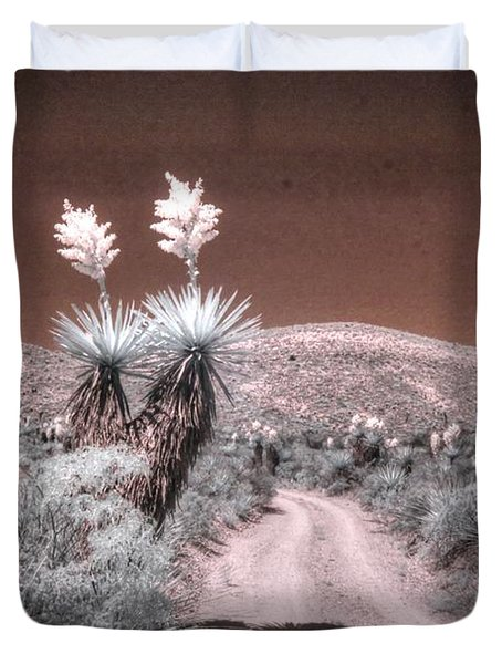 Yucca Dagger Flat Big Bend West Texas Spanish Dagger Infrared Duvet Cover
