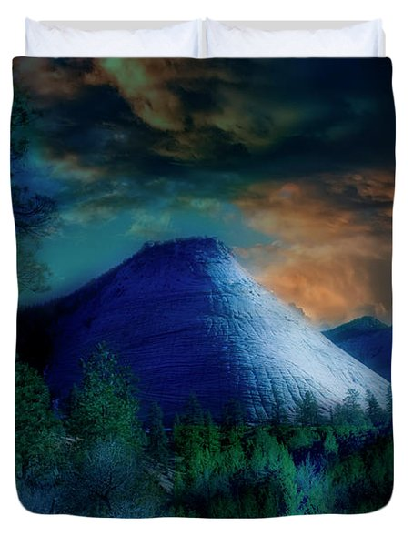 Zion The Great White Throne Duvet Cover