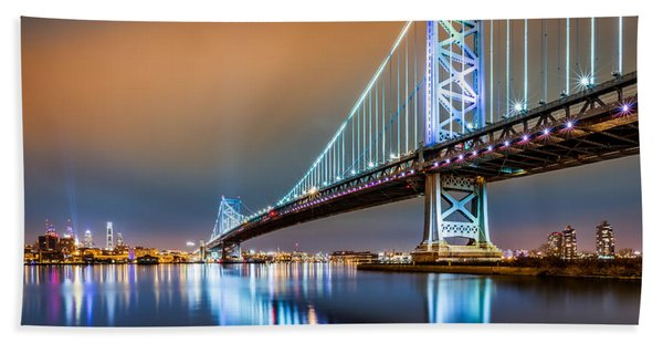 Hand Towel featuring the photograph Ben Franklin Bridge And Philadelphia Skyline By Night by Mihai Andritoiu