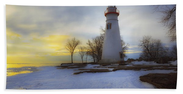 Marblehead Lighthouse Lake Erie Bath Towel