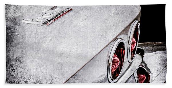 1967 Chevrolet Corvette Coupe Taillight Emblem -0420ac Hand Towel
