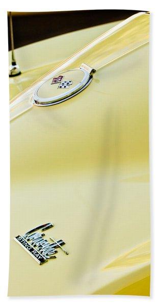 1967 Chevrolet Corvette Sport Coupe Emblem 2 Hand Towel
