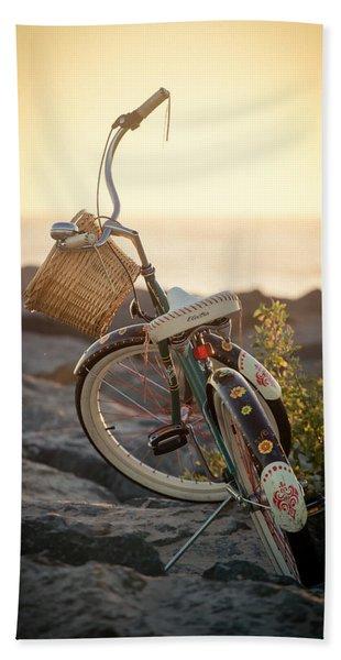 A Bike And Chi Hand Towel