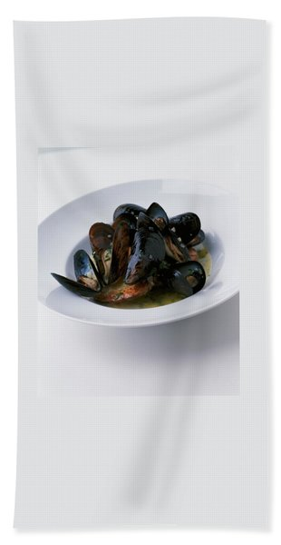 A Dish Of Mussels Bath Towel