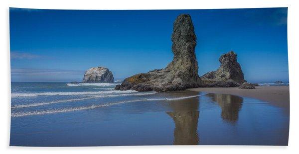 Bandon Oregon Sea Stacks Hand Towel