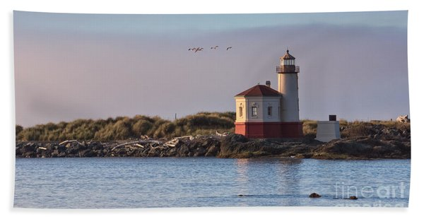 Coquille River Lighthouse Hand Towel