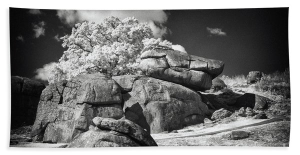 Devils Den - Gettysburg Bath Towel
