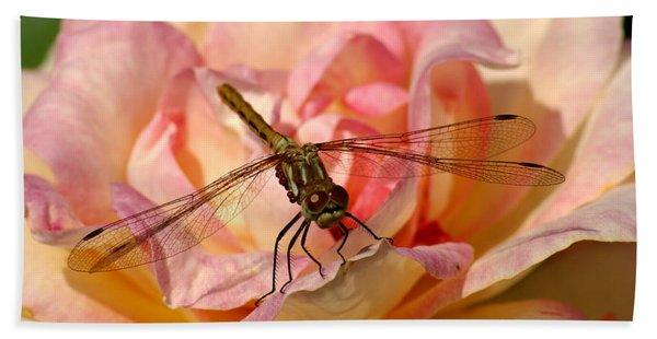 Dragonfly On A Rose Bath Towel