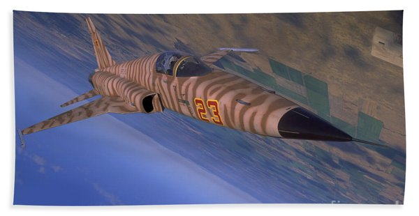 F-5 Tiger II Flying Out Of Nellis Air Bath Towel