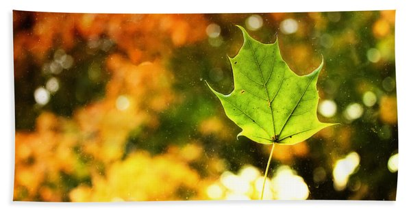 Falling Leaf Bath Towel