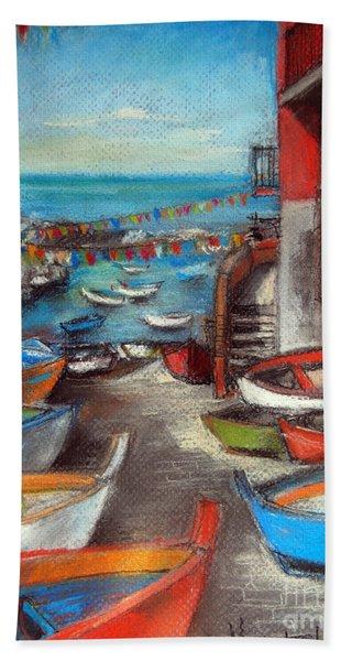 Fishing Boats In Riomaggiore Bath Towel