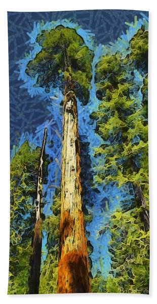 Giant Along The Trail Abstract Bath Towel