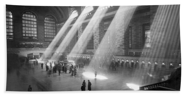 Grand Central Station Sunbeams Hand Towel