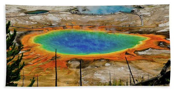Bath Towel featuring the photograph Grand Prismatic Spring No Border by Greg Norrell