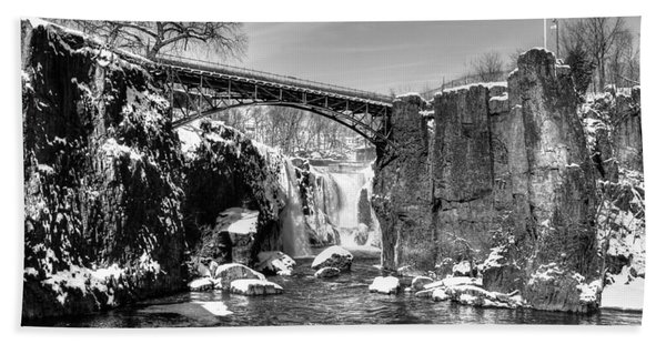 Great Falls In The Winter Hand Towel