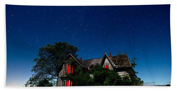 Haunted Farmhouse At Night Bath Towel
