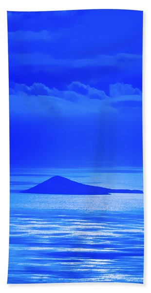 Island Of Yesterday Bath Towel